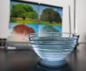 Bowl in front of background (calendar)