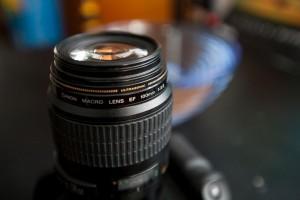 Canon EF 100mm 2.8 Macro Lens